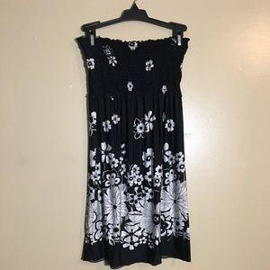 Dresses & Skirts - Mini summer dress